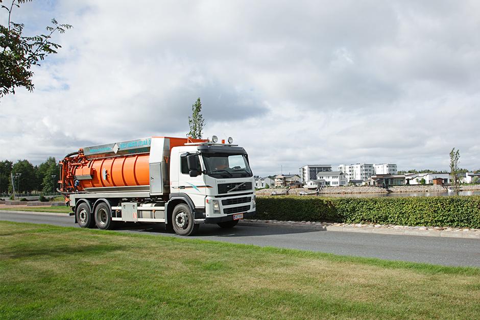 Vi erbjuder omfattande, högkvalitativa och individuellt planerade återvinningstjänster för hushåll, kommuner och företag.